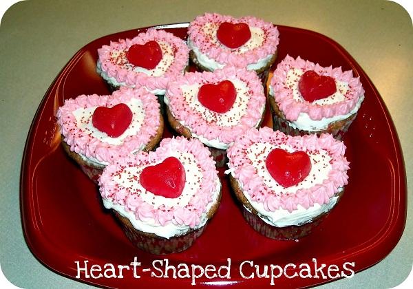 Heart-Shaped-Cupcakes