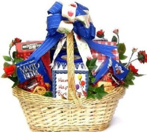 birthday-gift-basket