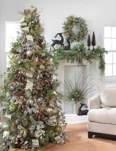 Christmas tree decorations ideas easyday for Christmas tree lights decorating ideas