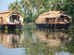 houseboat-kerala-backwaters