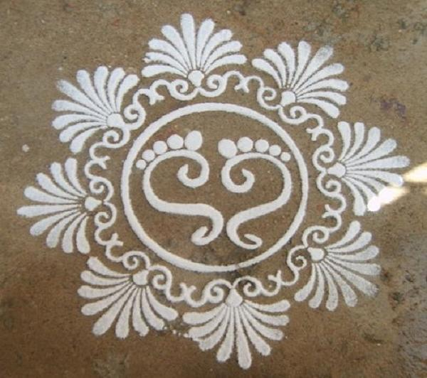 kolam-with-dots - Easyday