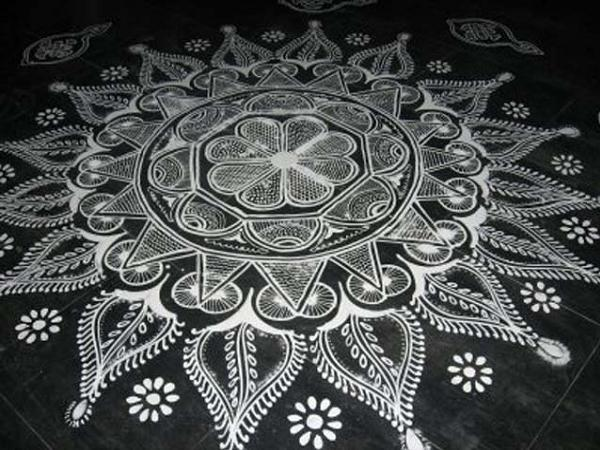 Rangoli Kolam With Dots