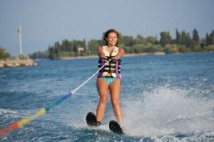 valentinesday-water-skiing