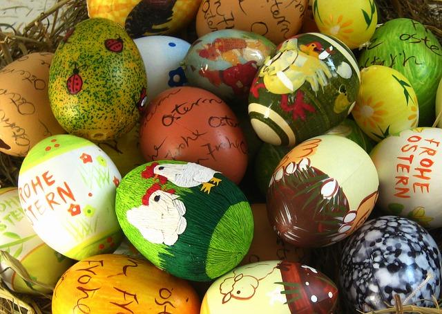 indoor-easter-egg