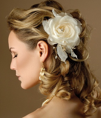 romantic-wedding-hairstyles