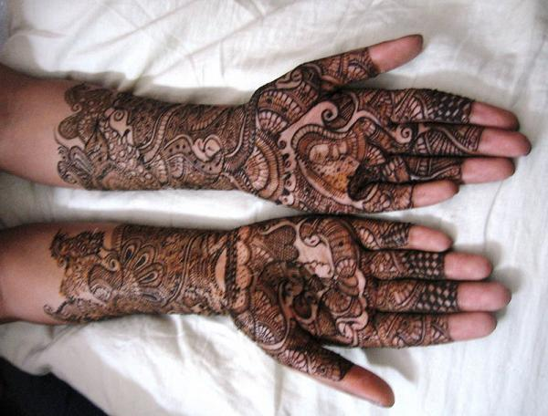 Arabic-Mehndi-Design-Full-Hand