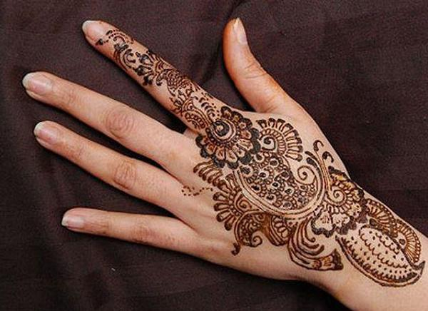 simple arabic mehndi designs for hands easyday. Black Bedroom Furniture Sets. Home Design Ideas