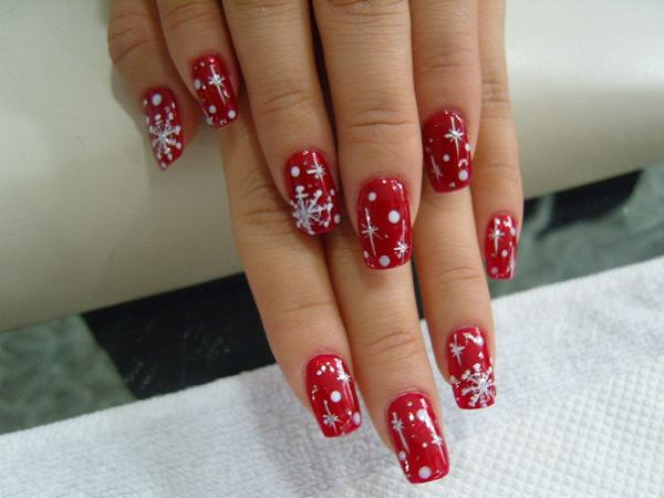 Christmas-Nail-Designs - 40 + Cute And Easy Nail Art Designs For Beginners - Easyday