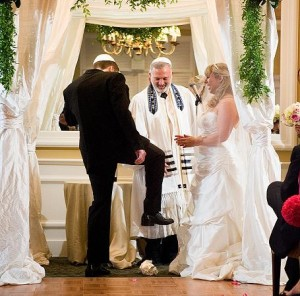 Jewish-Wedding-Traditions-1