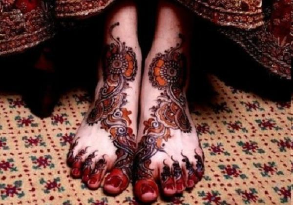 Latest-Arabic-Mehndi-Designs-2014