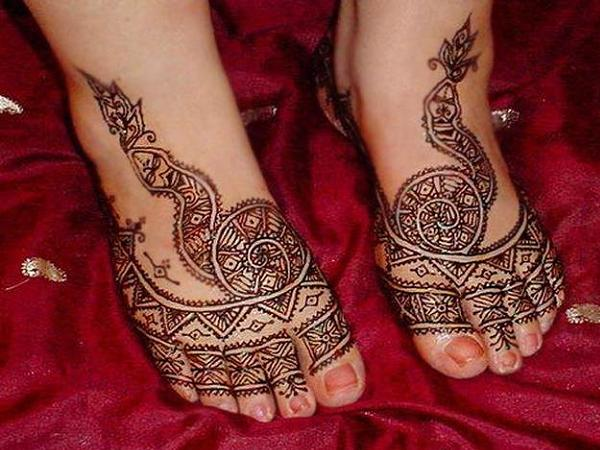 Latest-Arabic-Mehndi-Designs-2013-3