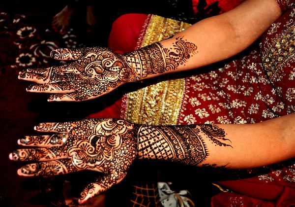 Pakistani-henna-designs-for-eid
