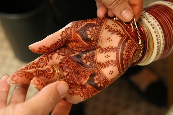 Red-Henna-designs
