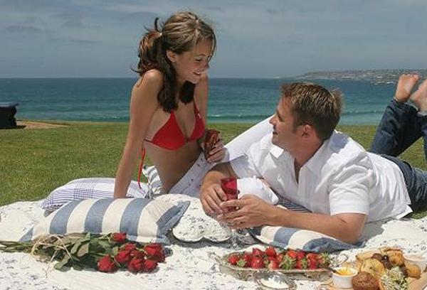 Romantic-Picnic-Ideas