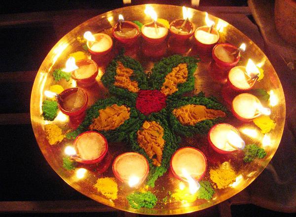decorated-diwali-rangoli