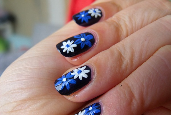 easy-floral-nail-art - 40 + Cute And Easy Nail Art Designs For Beginners - Easyday