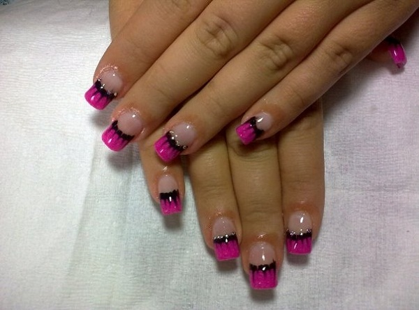 31. Black and White Nail Designs