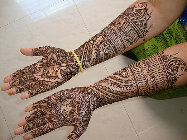 full-hand-bridal-mehndi-designs