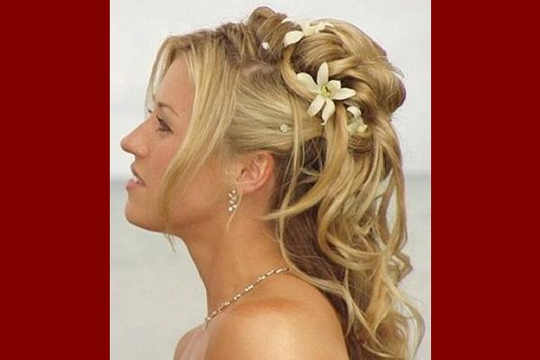 19 Simple Yet Beautiful Wedding Hairstyles