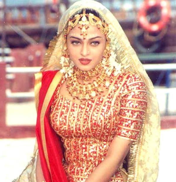 Indian Dresses Easyday