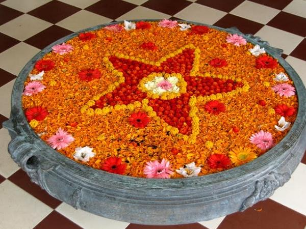 rangoli-on-water