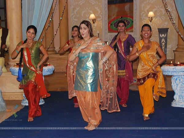 function entrance dance in tamil