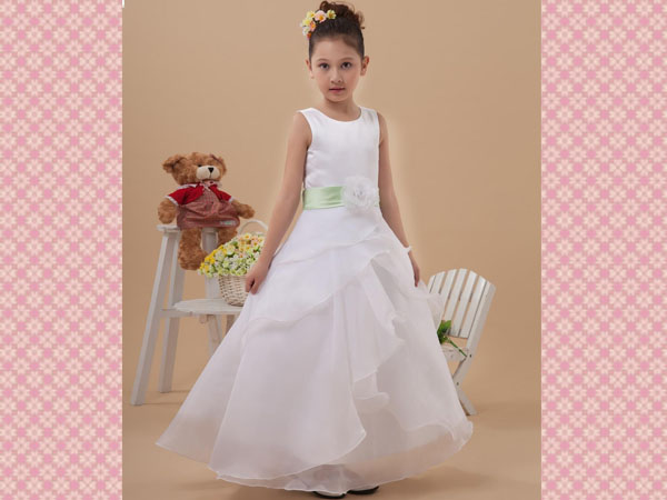 white-flower-girl-dresses-designs