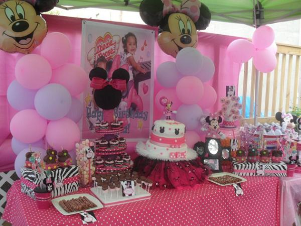 Minnie mouse baby shower decorations car interior design for Baby minnie mouse decoration ideas