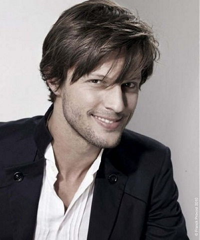mens-hairstyles-with-medium-length