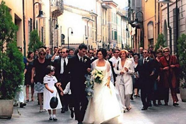 Hookup and marriage rituals in italy