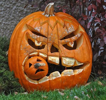 cool_pumpkin-carving-ideas-01
