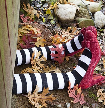 All You Magazine / Halloween crafts