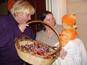 halloween-trick-or-treat