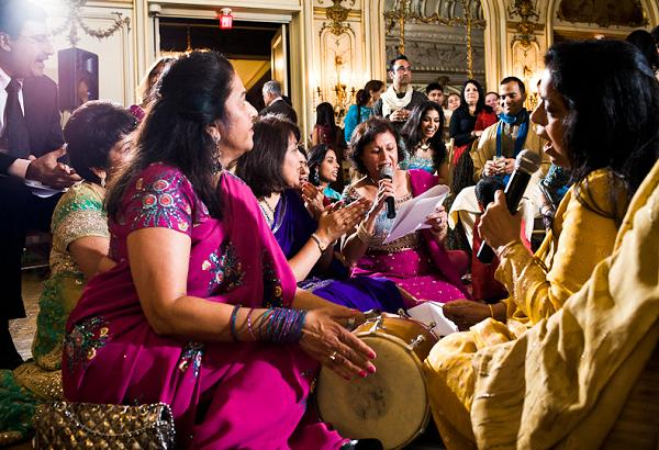 Mehndi Ceremony N Wedding : Pakistani mehndi ceremony tafreeh mela