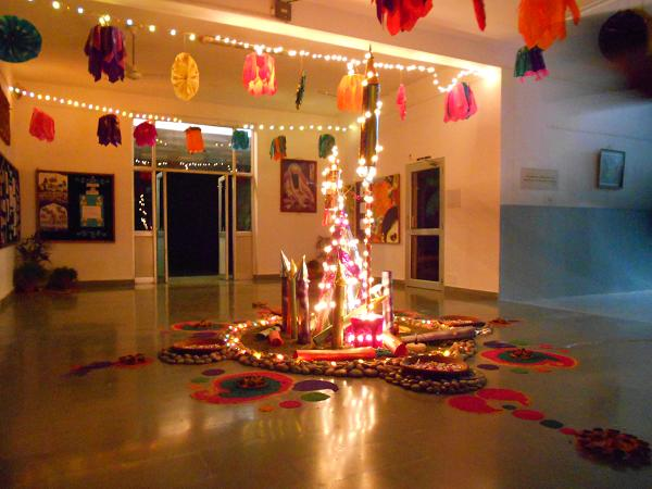 How to celebrate diwali easyday for Home decorations in diwali