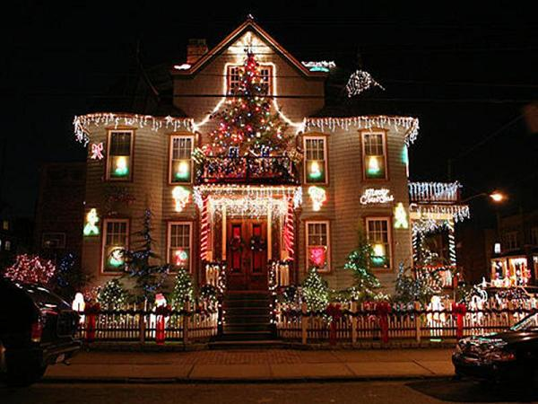 christmas-house-decorations-2