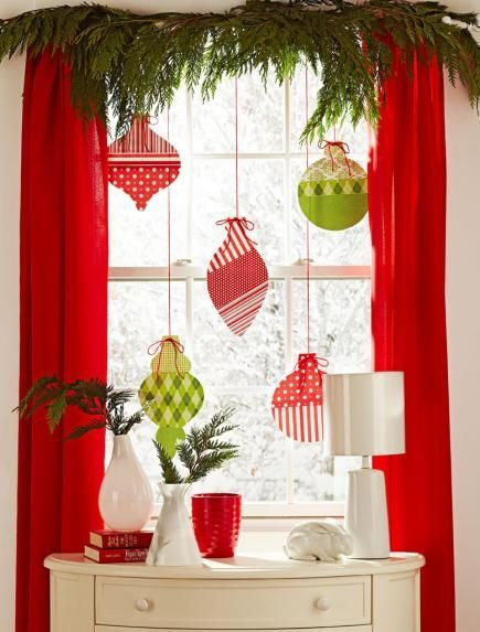 christmas-window-decorating-ideas-01