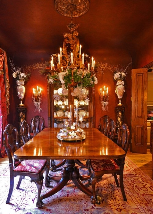 contemporary-christmas-dining-table