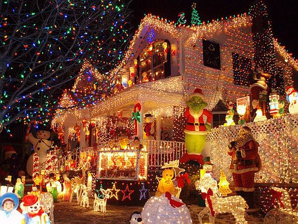 outdoor_christmas_decoration_