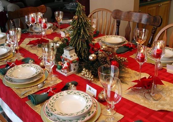 Table settings for christmas Easyday