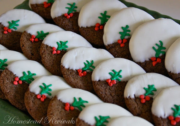 These reindeer cookies are easy to make and so adorable! Theyre the cutest Christmas cookies! Theyre the cutest Christmas cookies! Pin these cute Reindeer Cookies for Later