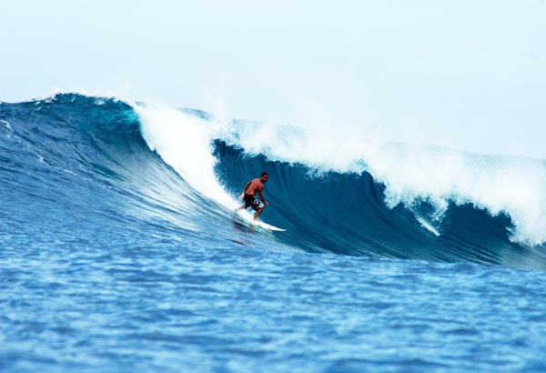 Photo: Rey Joaquin (SurfingPhilippines)