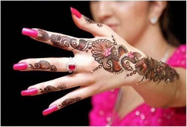 Top 17 Elegant but Simple Mehndi Designs - Easyday
