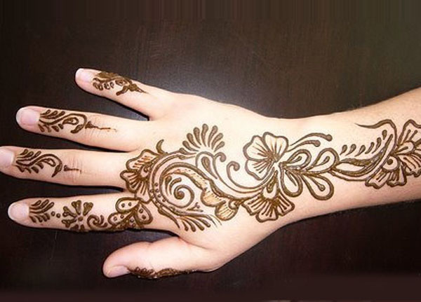 10 Best And Beautiful Mehndi Designs For Kids Easyday