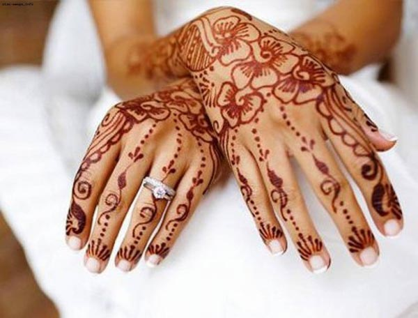 bridal-floral-mehndi-designs