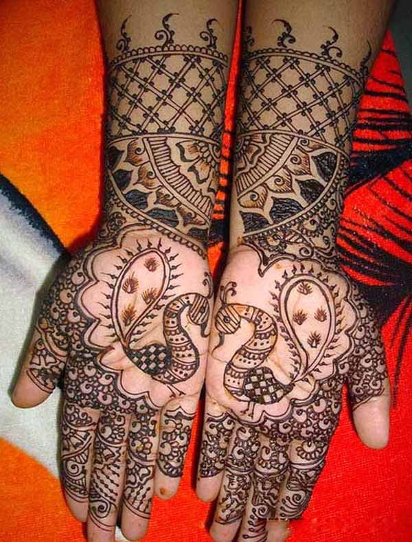 bridal-peacock-mehndi-designs
