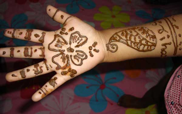 Cute Mehndi Designs For Kids Hands Easyday