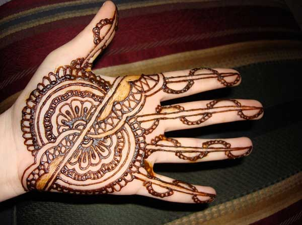 easy-mehendi-designs-for-girls