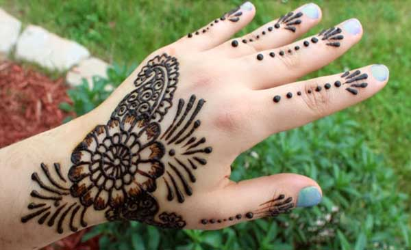 easy-mehndi-designs-for-kids