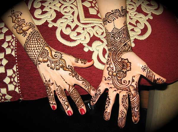 Mehndi Design For Fingers Front Side : Beautiful and amazing latest mehndi designs easyday
